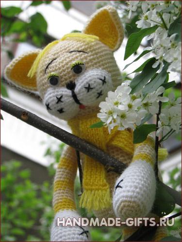 Вязаный кот Мурзик Желтый