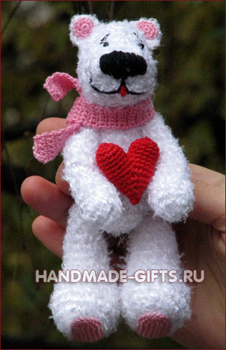Вязаный медвежонок Бенни Купить вязанного медведя Подарки ручной работы