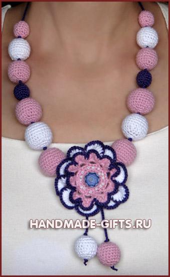 Комплект серьги и бусы вязаные Маргарита - купить сережки и бусы розового фиолетового цвета