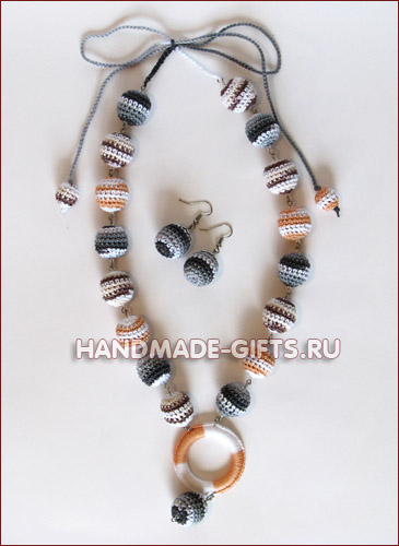 Комплект серьги и бусы вязаные Нежная мелодия - купить сережки и бусы ручная работа