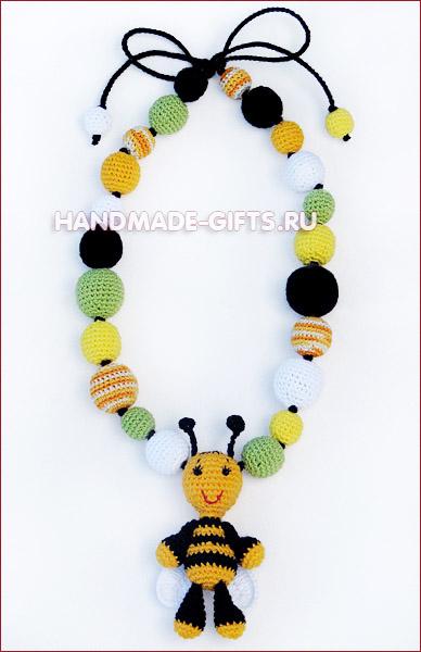 http://handmade-gifts.ru/images/ukrasheniya_sb_pchelka_maya_1.jpg