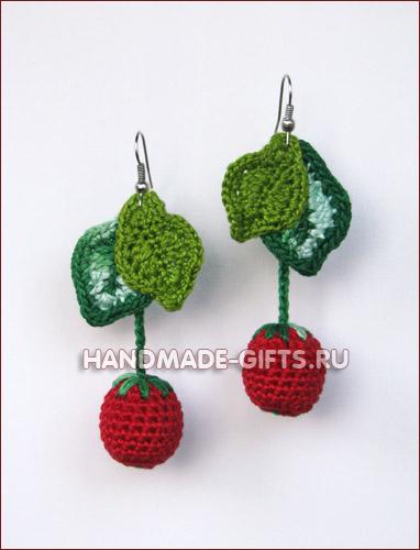 Комплект серьги и бусы вязаные Вишенки на HandMade-Gifts.ru - купить сережки и бусы в виде вишенок - сделано с...