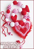 слингобусы, купить слингобусы, вязаное сердце, слингобусы с игрушкой, вязаные слингобусы, мамабусы, кормительные бусы, вязаные бусы с игрушкой, слингоигрушка