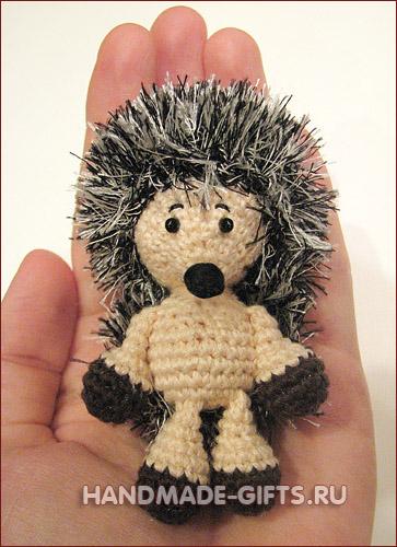 http://handmade-gifts.ru/shop/img/big/ezhik_2.jpg
